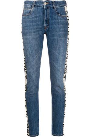 Stella McCartney Damen Straight - Logo-stripe cropped jeans