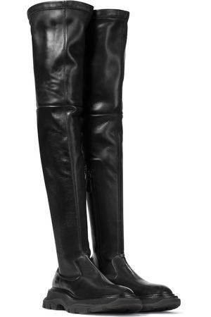 Alexander McQueen Overknee-Stiefel Tread aus Leder