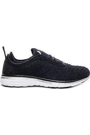 APL Athletic Propulsion Labs Techloom Phantom Sneaker in - Black. Size 5 (also in 5.5, 6, 6.5, 7, 7.5, 8, 8.5, 9, 9.5).