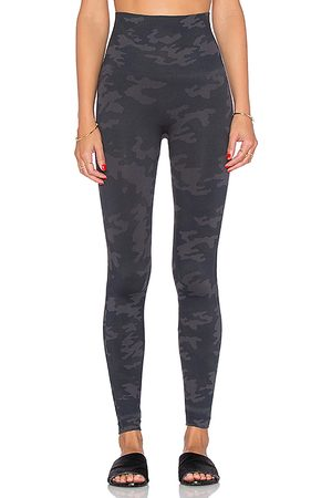 Spanx Look At Me Now Leggings in - Black. Size L (also in M, S).
