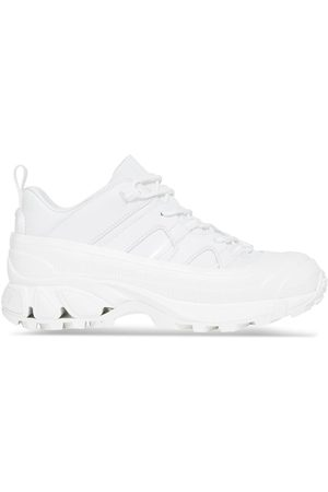 Burberry Damen Sneakers - Arthur low-top sneakers