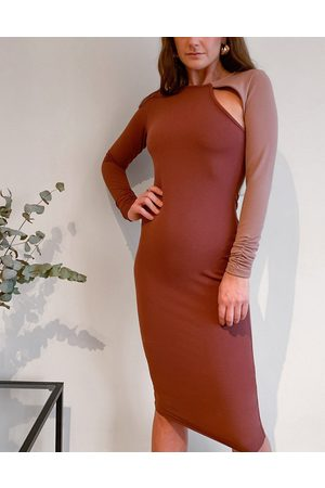 ASOS Long sleeve cut out rib midi dress with open back in contrast colour