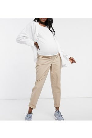 ASOS ASOS DESIGN Maternity chino trousers with under the bump waistband in