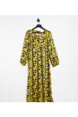 ASOS ASOS DESIGN Maternity plunge neck midi dress in 70s floral