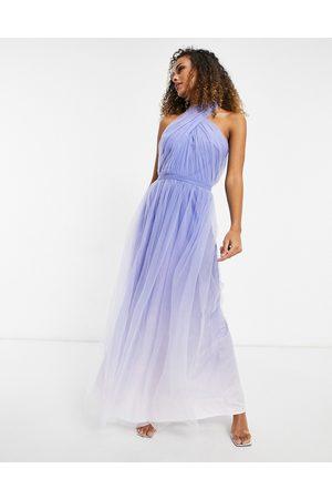 Chi Chi London Damen Freizeitkleider - High neck ombre maxi dress in blue