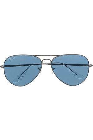 Ray-Ban Aviator frame sunglasses