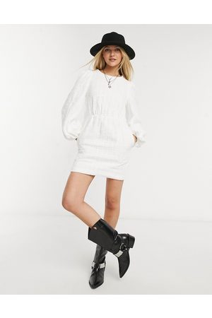 In The Style X Lorna Luxe smock dress with oversized collar in white-Black