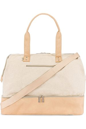 BEIS Weekend Bag in - . Size all.