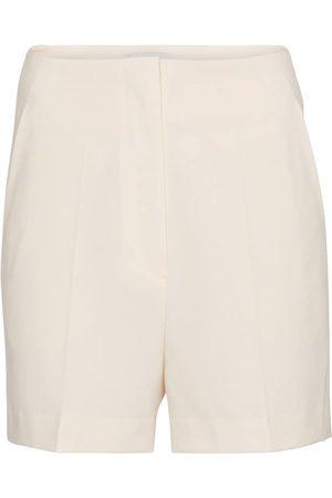 Nanushka Shorts Daira aus Cady