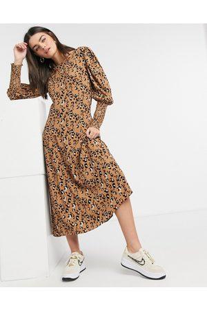 Vila Puff sleeve dress in animal print-Multi