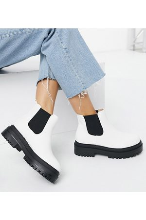 Raid Wide Fit Ronnie chunky chelsea boots in white
