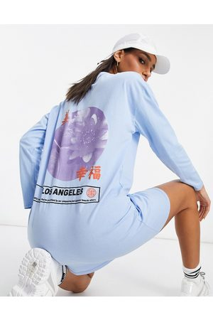 ASOS Oversized t-shirt dress with long sleeve with los angeles graphic print in blue