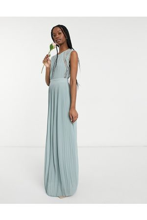 TFNC Bridesmaid lace insert plunge front maxi dress in sage-Green