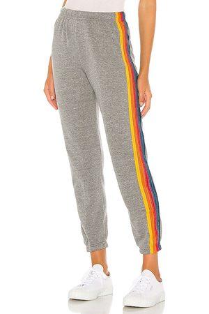 AVIATOR NATION Damen Jogginghosen - 5 Stripe Sweatpants in - Grey. Size L (also in M, S, XS).
