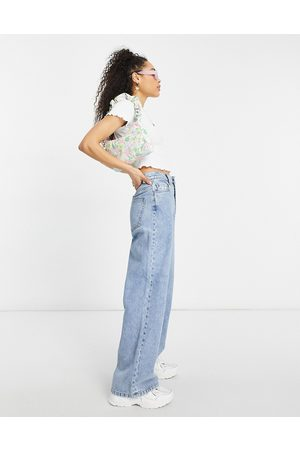 ASOS Damen High Waisted - High rise 'relaxed' dad jeans in lightwash-Blue