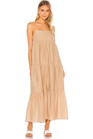 L'Academie Damen Lange Kleider - The Kiyama Maxi Dress in - Tan. Size L (also in M, S, XL, XS, XXS).