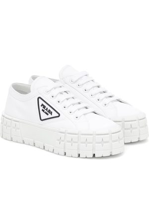 Prada Sneakers Wheel aus Gabardine