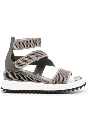LE SILLA Yui Wave sandals