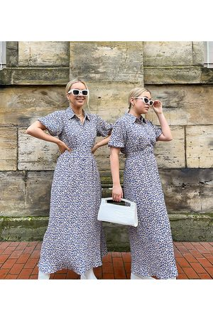 Labelrail X Olivia & Alice short sleeve maxi dress in ditsy floral-White