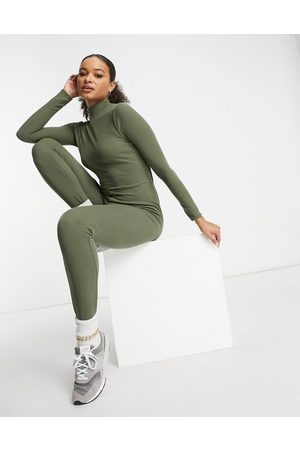 I saw it first Roll neck open back jumpsuit in khaki-Green