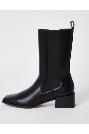 River Island High ankle gusset boot in
