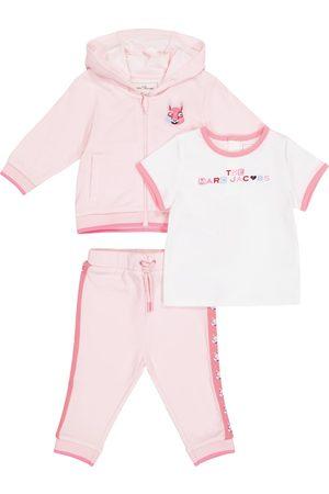 The Marc Jacobs Baby Set aus T-Shirt und Jogginganzug