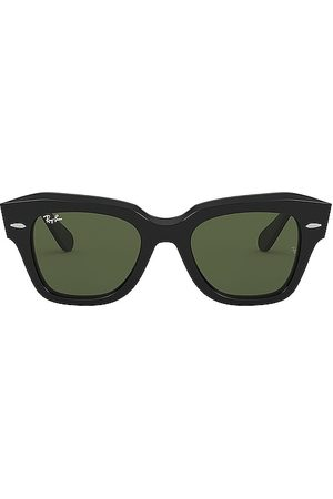 Ray-Ban State Street in - Black. Size all.