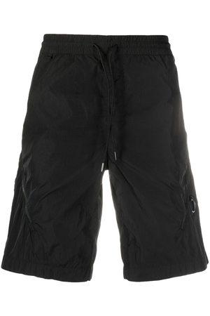 C.P. Company Herren Kurze Hosen - Lens-embellished track shorts