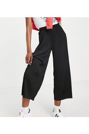 ASOS Damen Leggings & Treggings - ASOS DESIGN Tall plisse culotte trousers in black
