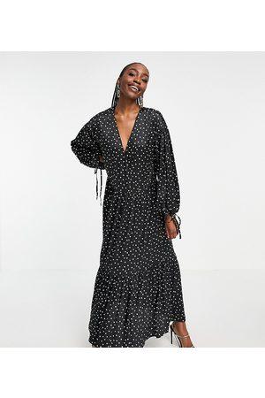 ASOS ASOS DESIGN Tall satin wrap front smock maxi dress in mono spot-Multi