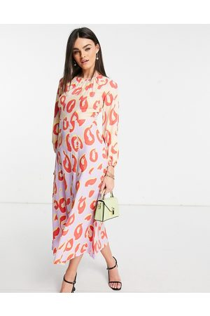 Closet Long sleeve spot print midaxi dress in contrast pastel-Multi
