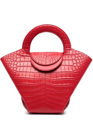 Bottega Veneta Crocodile-embossed basket tote bag