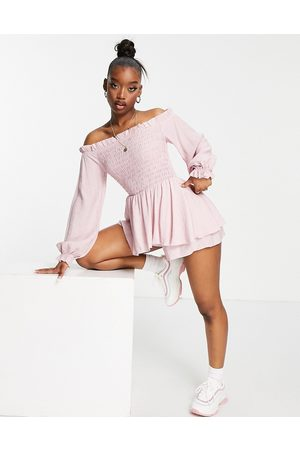 Missguided Damen Jumpsuits - Frill detail bardot shirred playsuit in pink