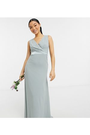 TFNC Bridesmaid plunge front bow back maxi dress in navy