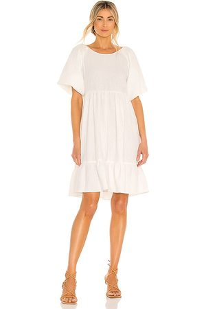 BCBGeneration Midi Dress in - White. Size L (also in M, S, XS, XXS).