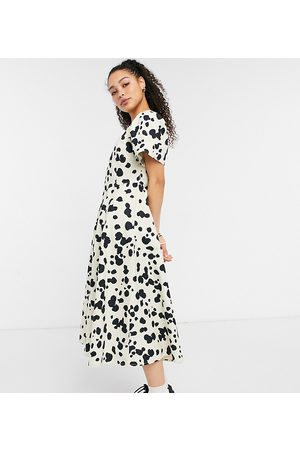 COLLUSION Pointed waist puff sleeve animal print midi dress in and black-Neutral
