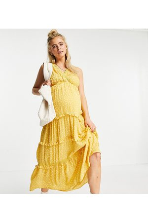 ASOS ASOS DESIGN Maternity sleeveless tiered crinkle maxi dress with lace inserts in mustard spot-Multi