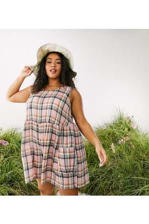 ASOS ASOS DESIGN curve smock sleeveless textured playsuit with pockets in multi check
