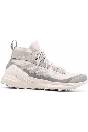 adidas Herren Schnürschuhe - Logo-patch lace-up sneakers