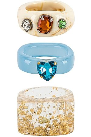 8 Other Reasons Acrylic Ring Set in - . Size all.