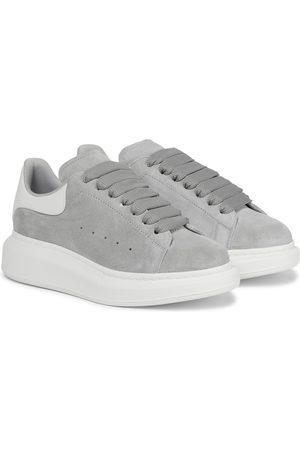 Alexander McQueen Sneakers aus Veloursleder