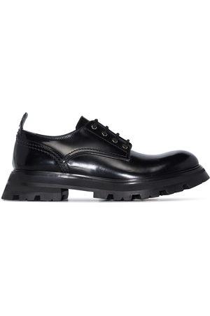 Alexander McQueen Damen Schnürschuhe - Wander leather lace-up shoes