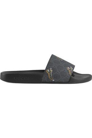 Gucci Herren Sandalen - GG Supreme tigers slide sandal