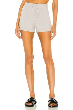 Weekend Stories Benny Shorts in - Grey. Size L (also in XXS, XS, S, M, XL).
