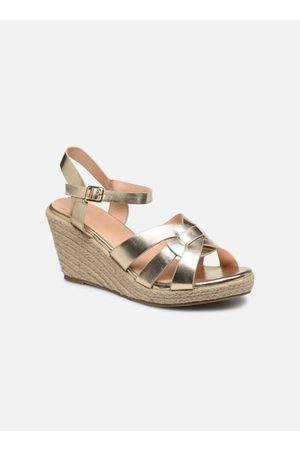 I Love Shoes CAMONE by