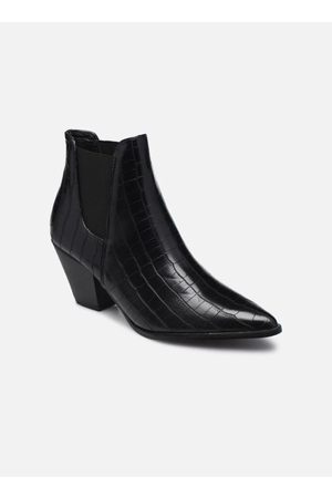 I Love Shoes CASTERN by