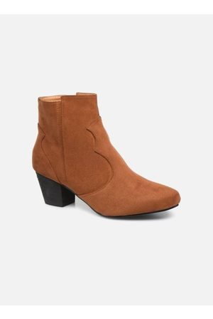 I Love Shoes CAYDEN by