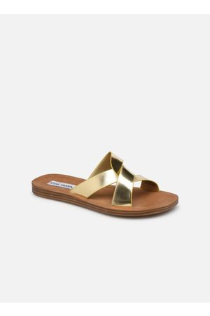 Steve Madden REALM by
