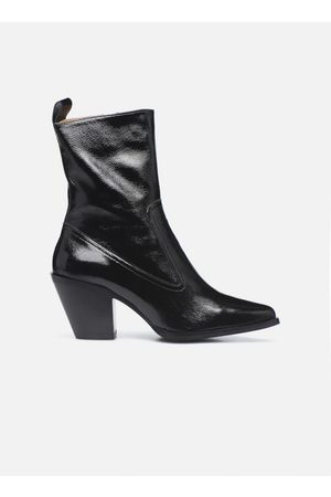 Sarenza Electric Feminity Boots #4 by
