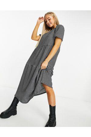 ASOS DESIGN Midi tiered smock dress in based grid print